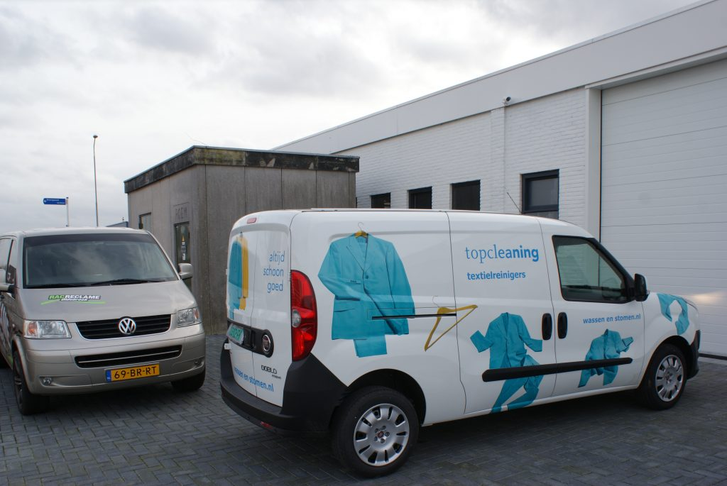 Topcleaning textielreinigers auto reclame fiat doblo belettering transparante fullcolour prints